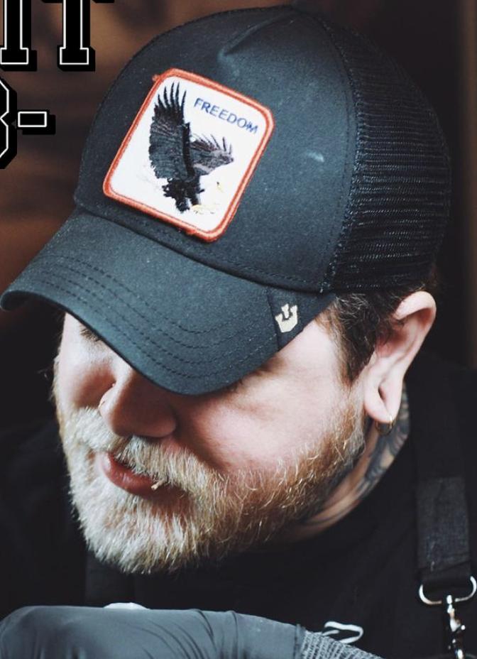 Headshot of Daniel Hughes